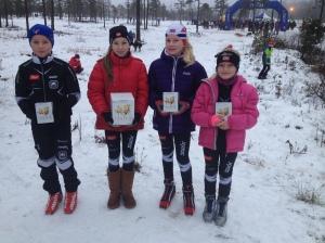 Lygnarennet 2014. Fra venstre: Daniel Fatnes (G11), Maja Ellefsrud (J12), Victoria Nitteberg (J12) og Amalie Nitteberg (J9).