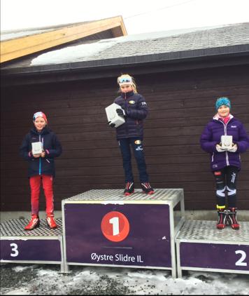 Amalie på pallen på Beitostølen - Nyttårsrennet 2016