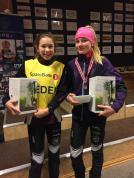 Maja og Victoria etter premieutdeling i KM sprint